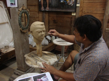 "process of 'edmon the boy from ubud"" sculpture"